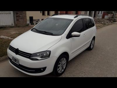 Autos Venta Vendo VWSuran High Line 2014